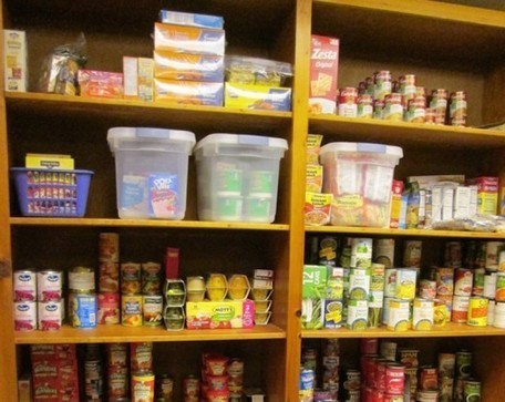 High school's anonymous pantry lets students in need shop discreetly for free food, clothing & basic necessities | Each One Teach One, Each One Reach One | Scoop.it