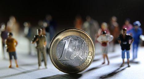 Monnaies locales: l'alternative possible en temps de crise ? Relisez le chat - RTBF Economie | Monnaies En Débat | Scoop.it
