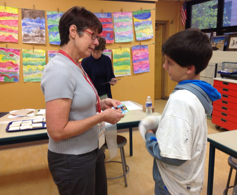Michigan artist brings glassy look to Greenbriar students - Northbrook Star   Nartique Art Glass News   Scoop.it