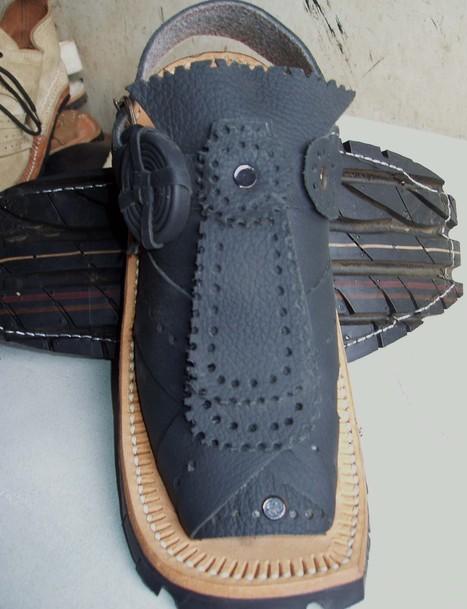 Bugti Jalawan Jalar Chawat – Black (Balochi Sandals) | Handmade Shoes | Scoop.it