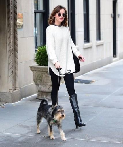 Dakota Johnson Street Style: We Just Like It, Anyway! - Ferbena.com | Celebrities | Scoop.it