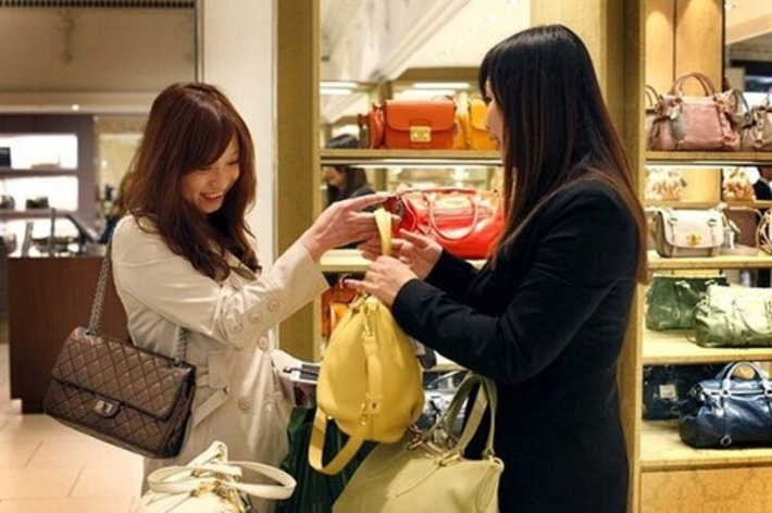Commerce Minister declares China now is consumption driven economy.   FUTURE of CHINA   Scoop.it