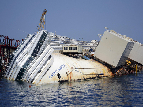Crews working on shipwrecked Costa Concordia will only have one chance to salvage cruise liner: officials | All about water, the oceans, environmental issues | Scoop.it