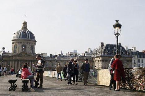 La fréquentation touristique continue de reculer en France - Libération | Résidences de tourisme, placement toxique? | Scoop.it