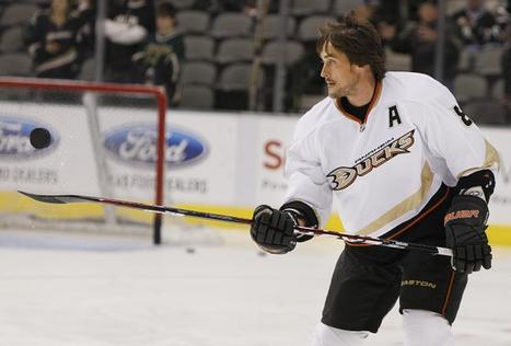 Teemu Selanne: Anaheim Duck Is One of the NHL's Last True Treasures - Bleacher Report | Finland | Scoop.it