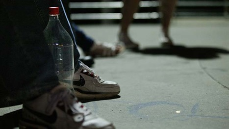 Group buying sites luring under-age drinkers, say experts (Aus) | TEENAGE DRINKING | Scoop.it