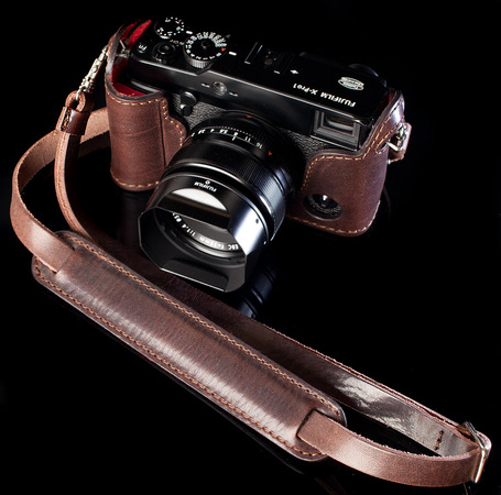 Fuji X-Pro1 Leather Half Case TESTA DI MORO | Angelo Pelle | Fuji X-Pro1 | Scoop.it