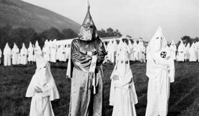 Aux Etats-Unis, le Ku Klux Klan sème la panique | Ku klux klan | Scoop.it