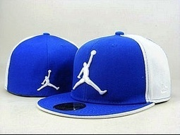 Casquettes Air Jordan Fitted blue white www.7magasin.com - pas cher Casquettes - haywoodtisormagasin - Photos - Club Flu.fr | 7magasin picture | Scoop.it