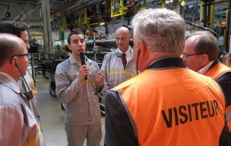 Une « école de la 2e chance » à l'usine Renault de Choisy-le-Roi - Le Parisien | La cité des métiers du 94, ses partenaires, son réseau et le programme FSE Open Codex | Scoop.it