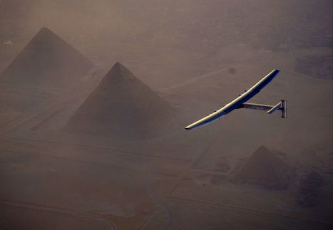 Solar Plane Zooms Over Egypt's Pyramids on Historic Flight | Heron | Scoop.it
