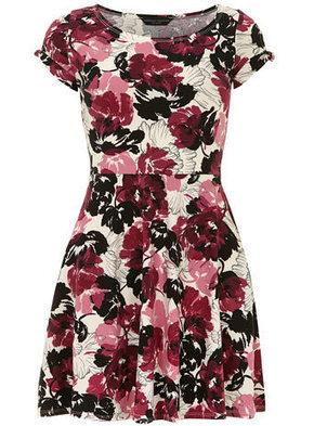 Robe à fleurs et manches torsadées | Fashion-Art, Beauté & Déco | Scoop.it