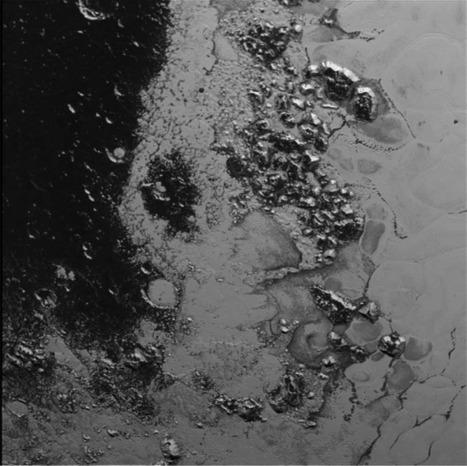 Pluton. New Horizon : de nouvelles images époustouflantes de la NASA | The Blog's Revue by OlivierSC | Scoop.it