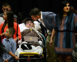 Student battling ALS receives honorary diploma | #ALS AWARENESS #LouGehrigsDisease #PARKINSONS | Scoop.it