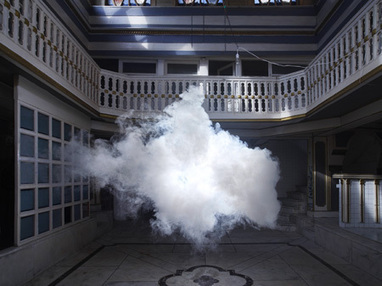 Berndnaut - cloud in a room | The brain and illusions | Scoop.it