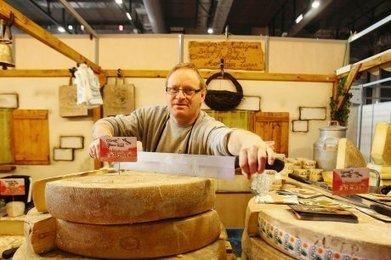Les terroirs de France sous la Halle d'Iraty | The Voice of Cheese | Scoop.it