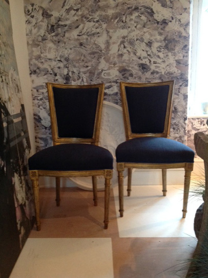 Pair of French Gilded Side Chairs | Furniture and decorative items | Flowers for all occasions | Scoop.it