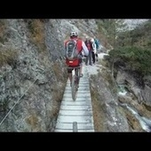 I Feel Panic Just Watching These Suicidal Mountain Bikers Go | Mountain biking | Scoop.it