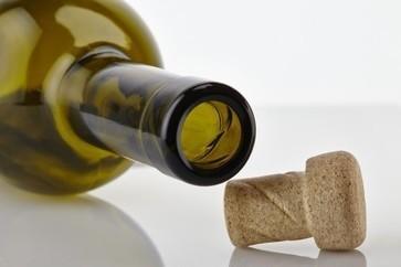 Amorim lança a 'nova generação' de rolha para abertura fácil | Wired Wines of Alentejo | Scoop.it