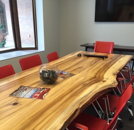 Reclaimed Table's furniture and paneling makes sustainability stunning | Upcycled Objects | Scoop.it