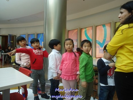 Queuing Etiquette Must Be Taught Early On | My Daily Pages | Scoop.it