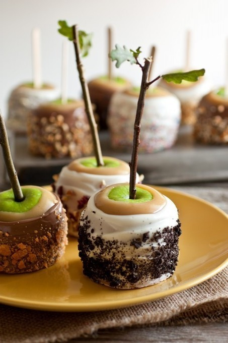Ultimate Caramel Apples - A Favorite Fall Treat | Yummy Food | Scoop.it