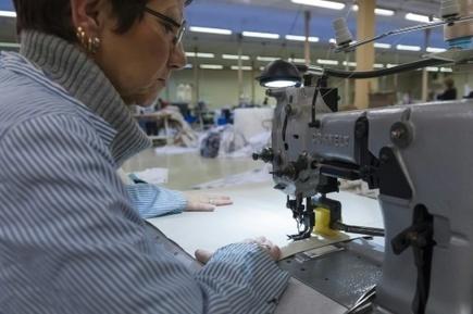Les couturières des Vosges, gardiennes d'un savoir-faire fragile | INTERSTYLEPARIS  Fashion News | Scoop.it