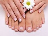 DIY: Tips to Strengthen Your Nails | DIY Living | Scoop.it