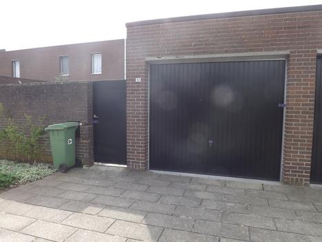 Man dood aangetroffen in garage woning | Cognosco | Scoop.it