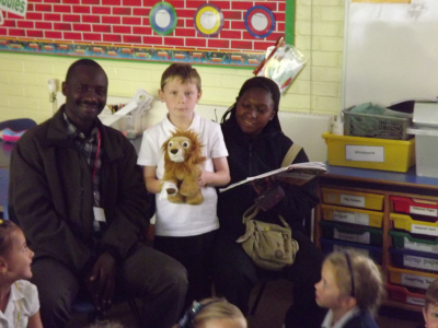 Ugandan Rangers Visit Clanfield Junior School « Queen Elizabeth ... | If the world were a village - global thoughts for global education | Scoop.it