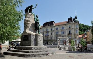 Monumental Prešeren square in Ljubljana | Slovenian Genealogy Research | Scoop.it