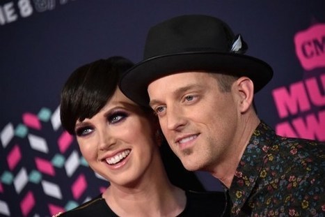 Thompson Square Are 'Smack Dab in the Middle' of Third Album | Country Music Today | Scoop.it