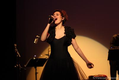 Emilie Simon en Bref : 1 concert salle Pleyel, du cinéma et 2 nouveaux clips   Des nouvelles d'Emilie Simon   Scoop.it