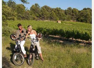 La Balade Mythique en E-Solex - Randonnées à Villes-sur-Auzon - Mon Vigneron | Balades, randonnées, activités de pleine nature | Scoop.it