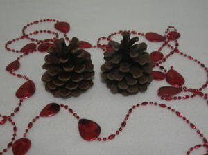 [TUTO DIY] Créer un #arbre de #Noël avec des pommes de pins | Best of coin des bricoleurs | Scoop.it
