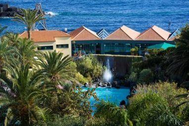 Noticias de La Palma - Dos hoteles palmeros, entre los más populares de Canarias, según el portal alemán HolidayCheck - elapuron.com | GolfNumberOne Canary Islands Golf trips | Scoop.it