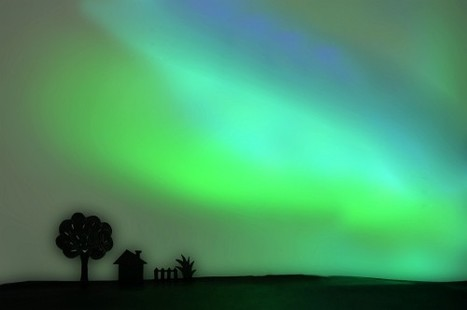 How To Recreate The Aurora With Paper And LEDs | Photography Gear News | Scoop.it