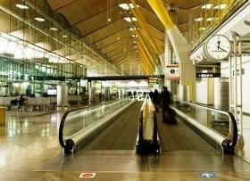 Viajeros desconsiderados y lentos, molestias habituales en los aeropuertos   expreso - diario de viajes y turismo   Temas varios de Edu   Scoop.it