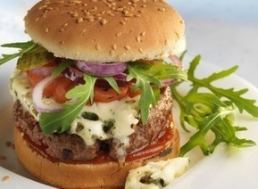 Cheeseburger au Roquefort | The Voice of Cheese | Scoop.it