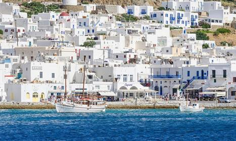 The big winner of summer is #Mykonos as #celebrities put the #glamour back in #Greece | Wonderful locations in Greece | Scoop.it