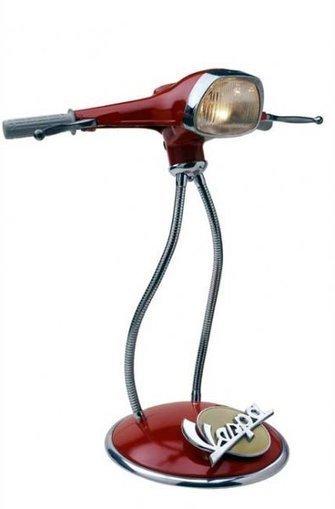 queremosverde.com: Lámpara reciclando el manillar de una Vespa | lámparas | Scoop.it
