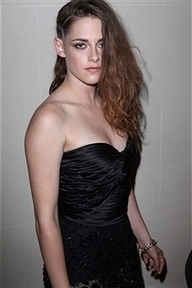 Kristen Stewart Spends Fourth Of July at Paris Fashion Week - SEE ... | BlingBling | Scoop.it