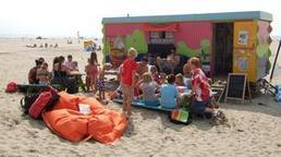 The Dutch beach library | SocialLibrary | Scoop.it