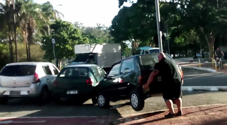 Hulk in Brazil? Cyclist lifts car out of bike lane with bare hands (VIDEO) — RT News | Global politics | Scoop.it