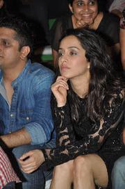 Shraddha Kapoor nip slip wardrobe malfunction video - Celebrity News Live! | Celebrity News Live! | Scoop.it