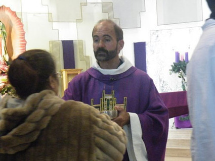 Priest: I crossed border illegally; Border Patrol says they can't and won't arrest! | Littlebytesnews Current Events | Scoop.it