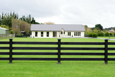 Things To Consider Before Installing a Picket Fence- DHIY | Do Home Improvement Yourself | Scoop.it