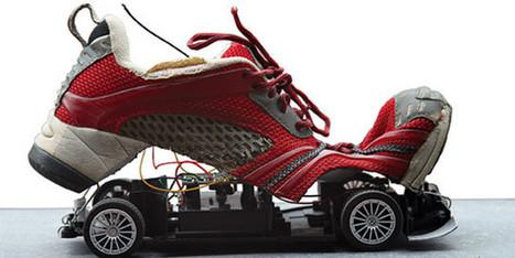L'artiste catalan Xavier G-Solís transforme les chaussures usées, à Romans | Textile Horizons | Scoop.it