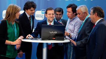 Mariano Rajoy crea una comisión de expertos para que le digan si debe aceptar los nuevos Términos y Condiciones de iTunes   Partido Popular, una visión crítica   Scoop.it