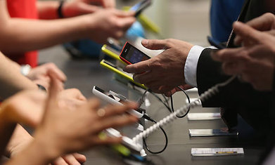 Microsoft threatened as smartphones and tablets rise, Gartner warns   Nerd Vittles Daily Dump   Scoop.it